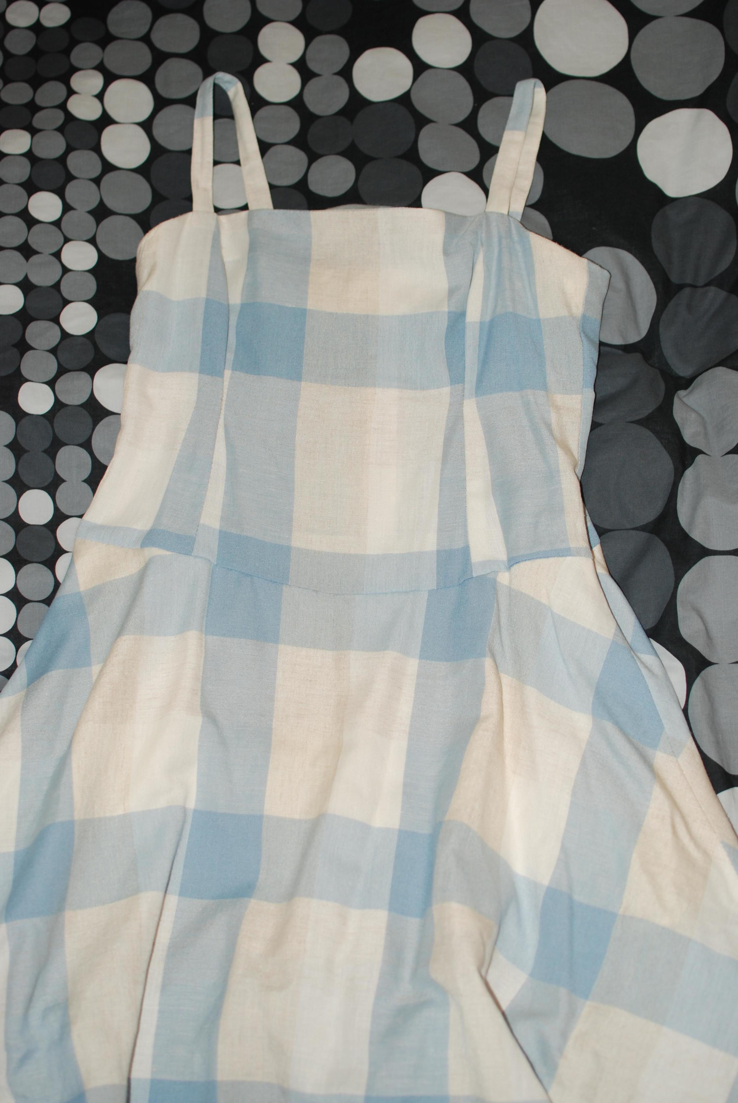 The Linen Dress