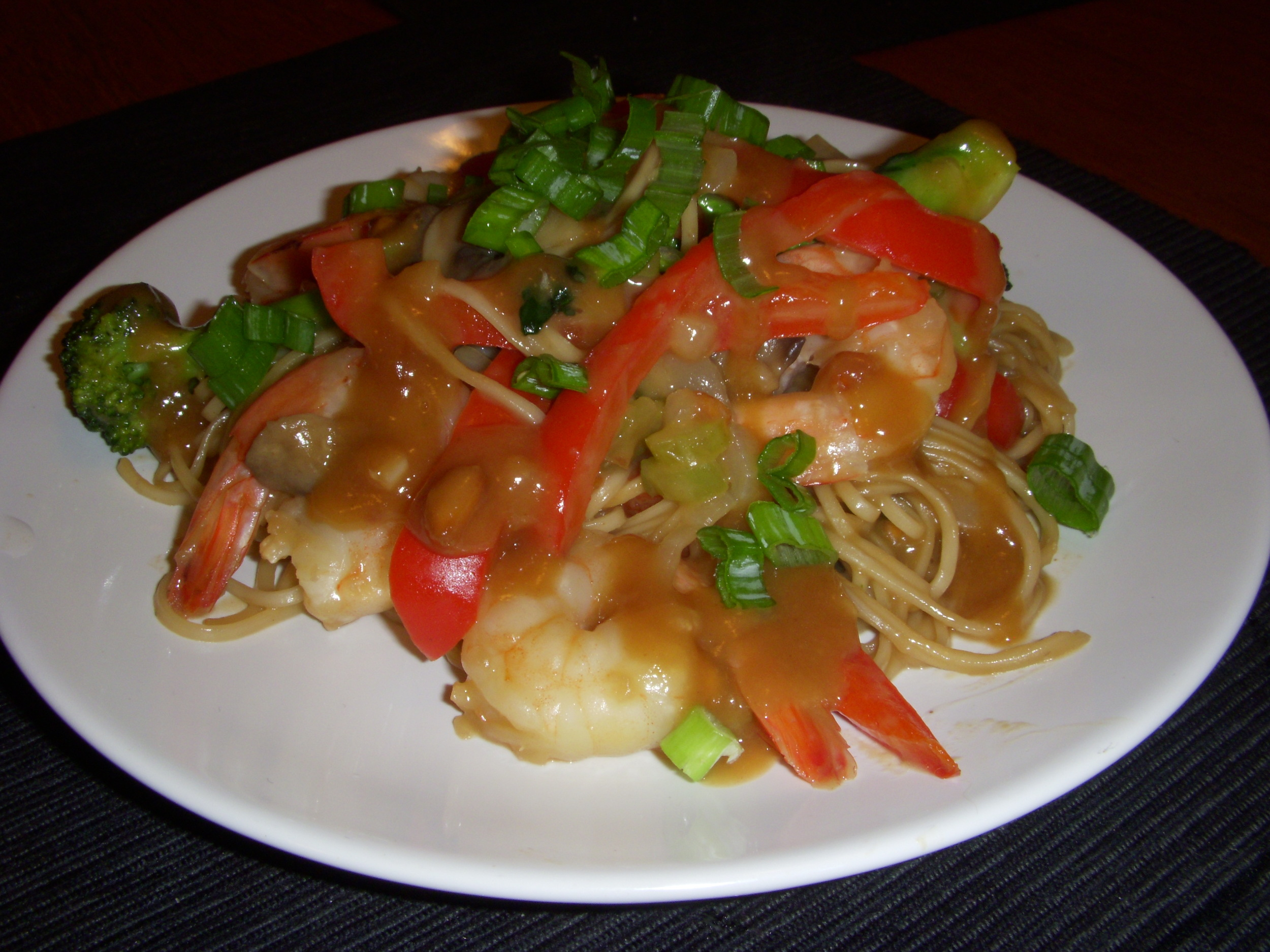 Shrimp and Peanut Stir Fry