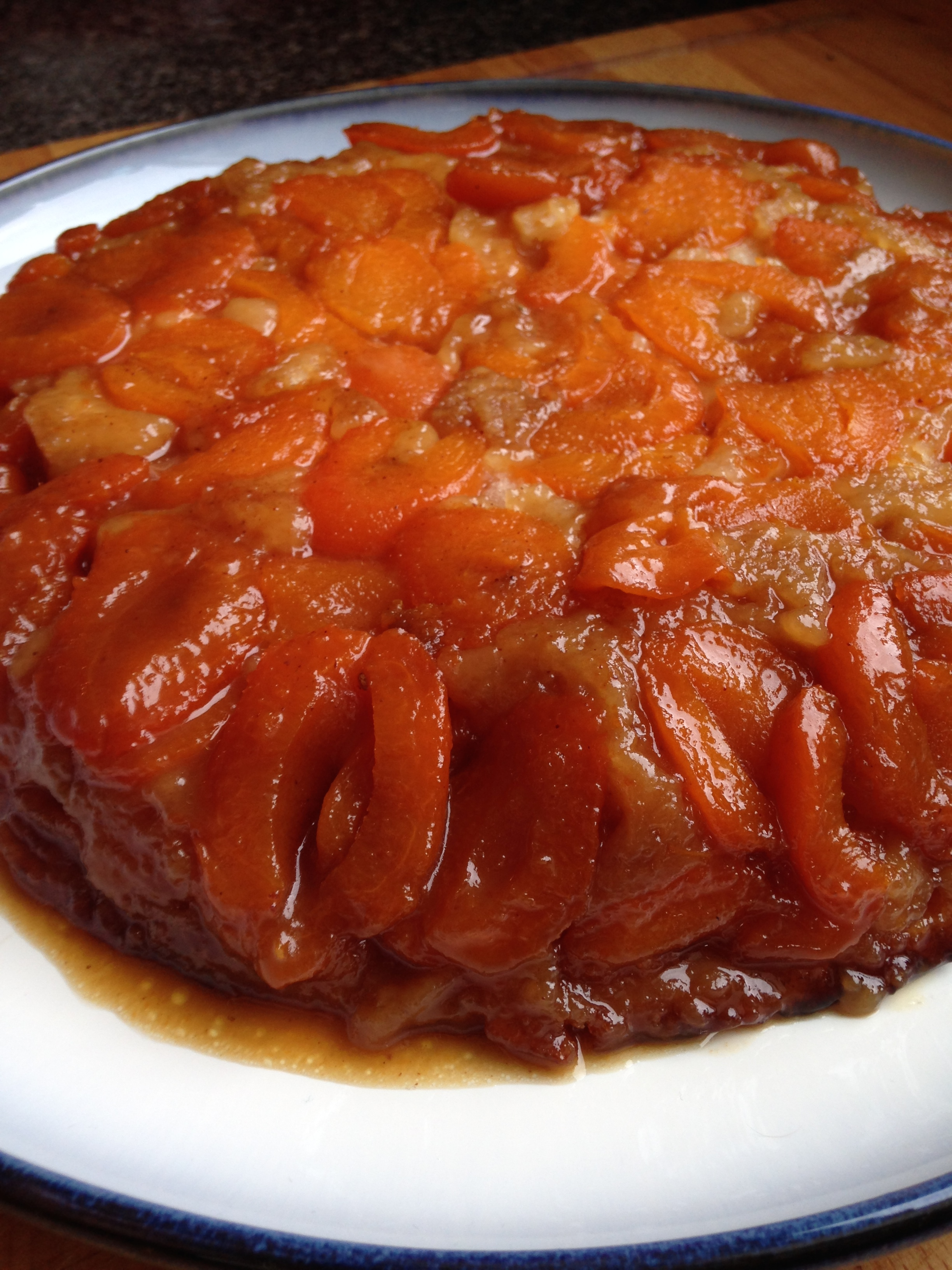 Apricot Upside-down cake!
