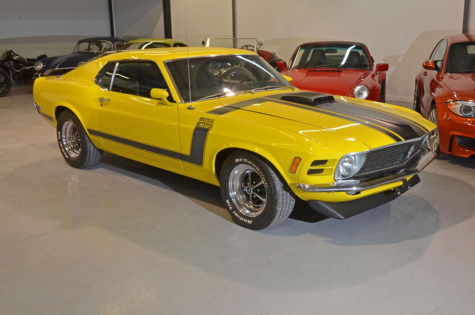 1970B_Ford_Mustang_Boss_302_Yellow_002.jpg