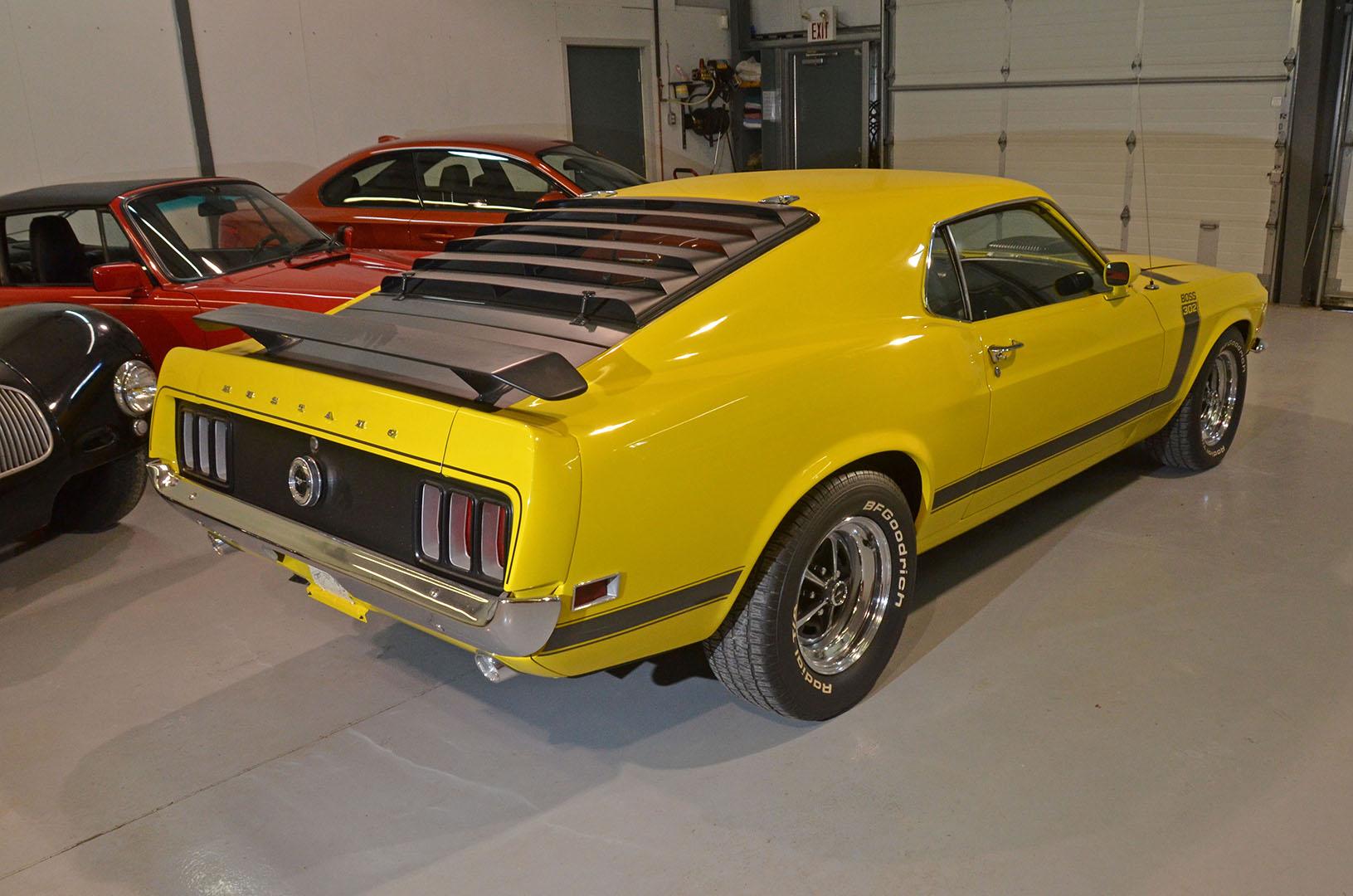 1970B_Ford_Mustang_Boss_302_Yellow_004.jpg