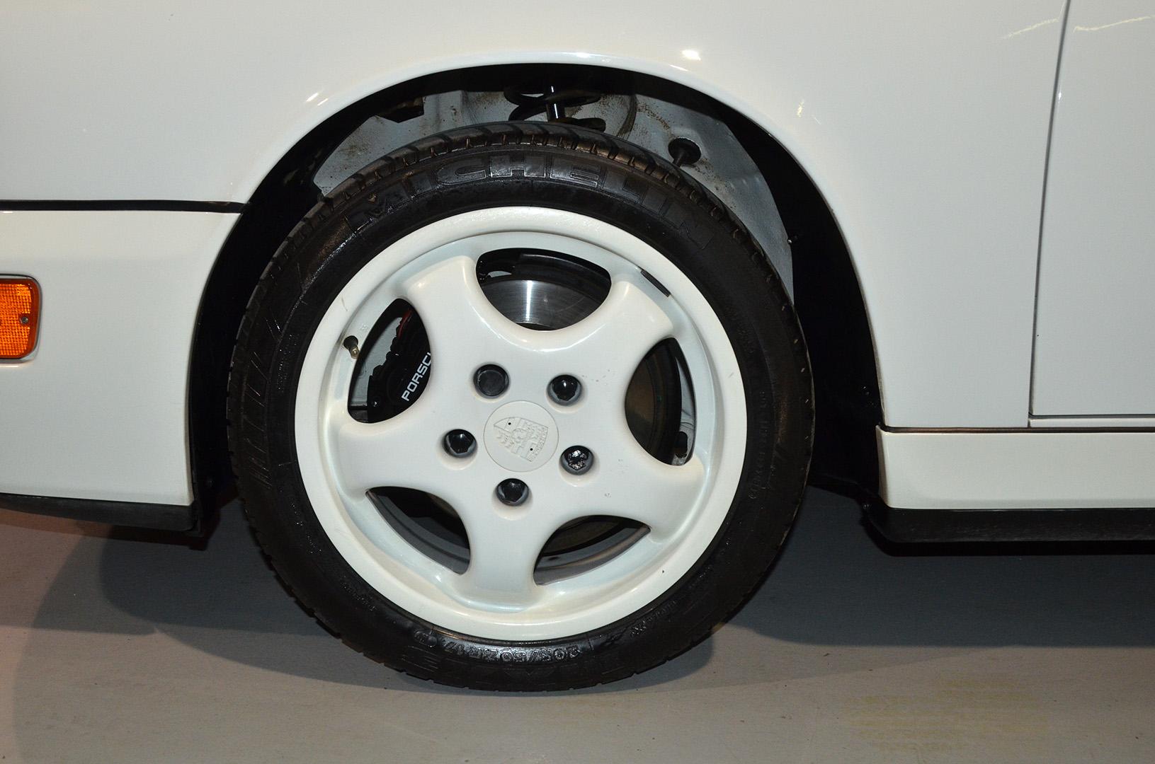 1994B_Porsche_964_Speedster_White_20150607_44.jpg