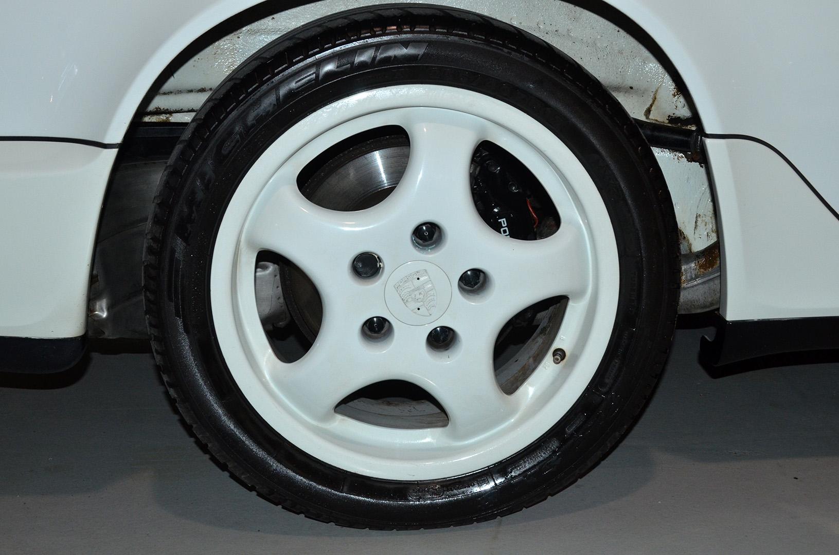 1994B_Porsche_964_Speedster_White_20150607_46.jpg