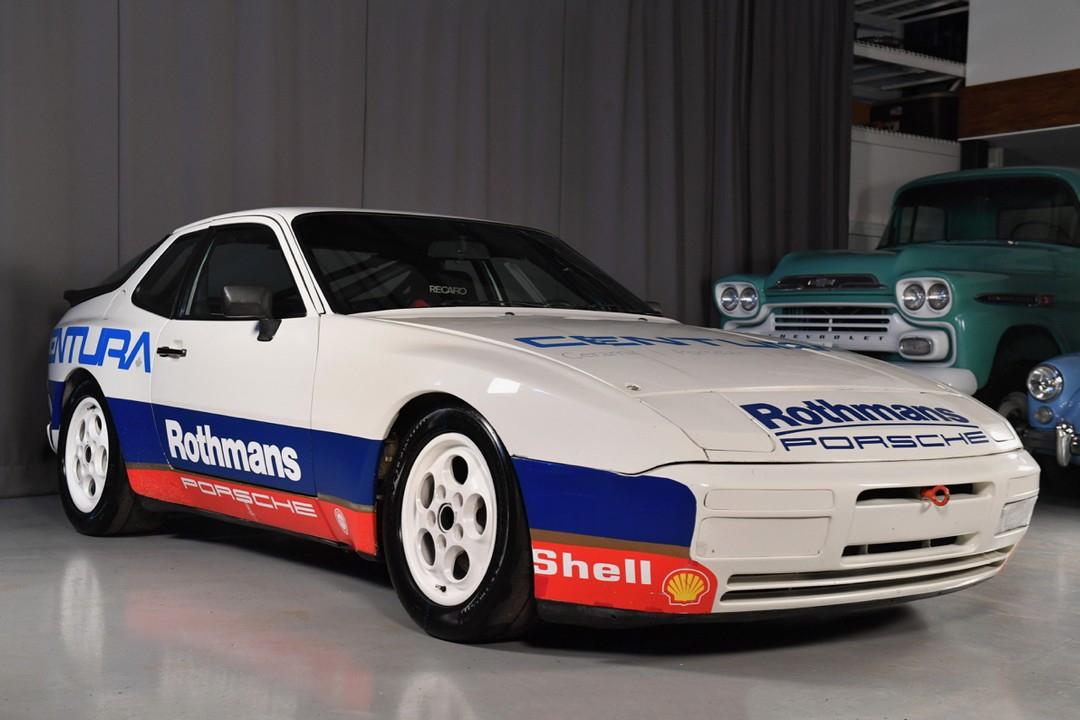 1988-Porsche-944-Rothmans02.jpg
