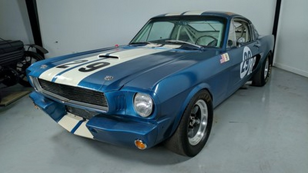 1966-Ford-GT350-converted01.jpg