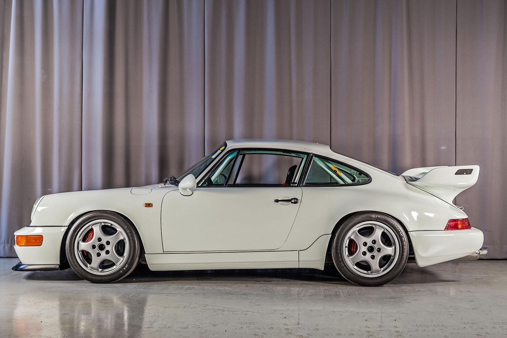 1992B_Porsche_964_RS_NGT_Race_car001.jpg