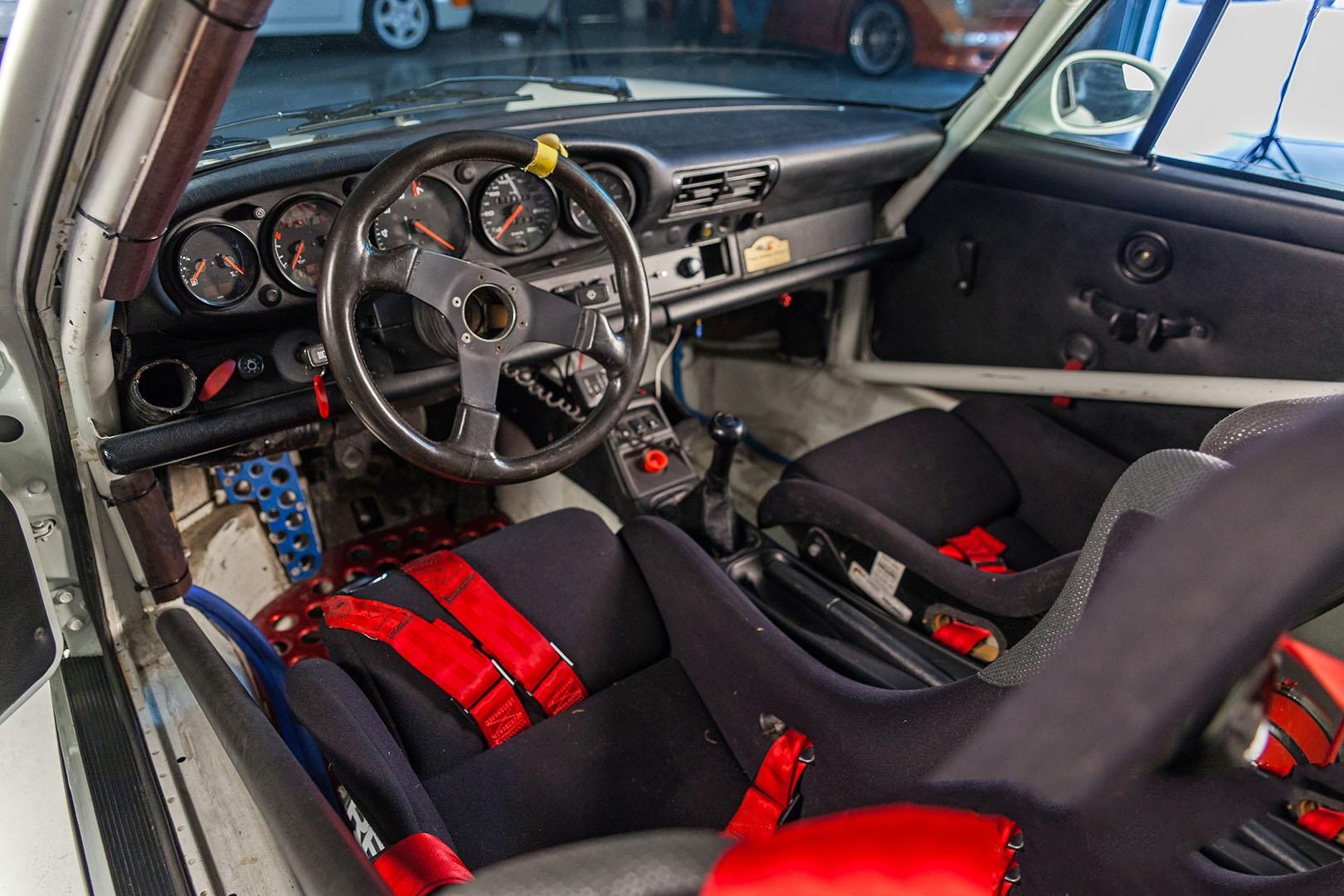1992B_Porsche_964_RS_NGT_Race_car009.jpg