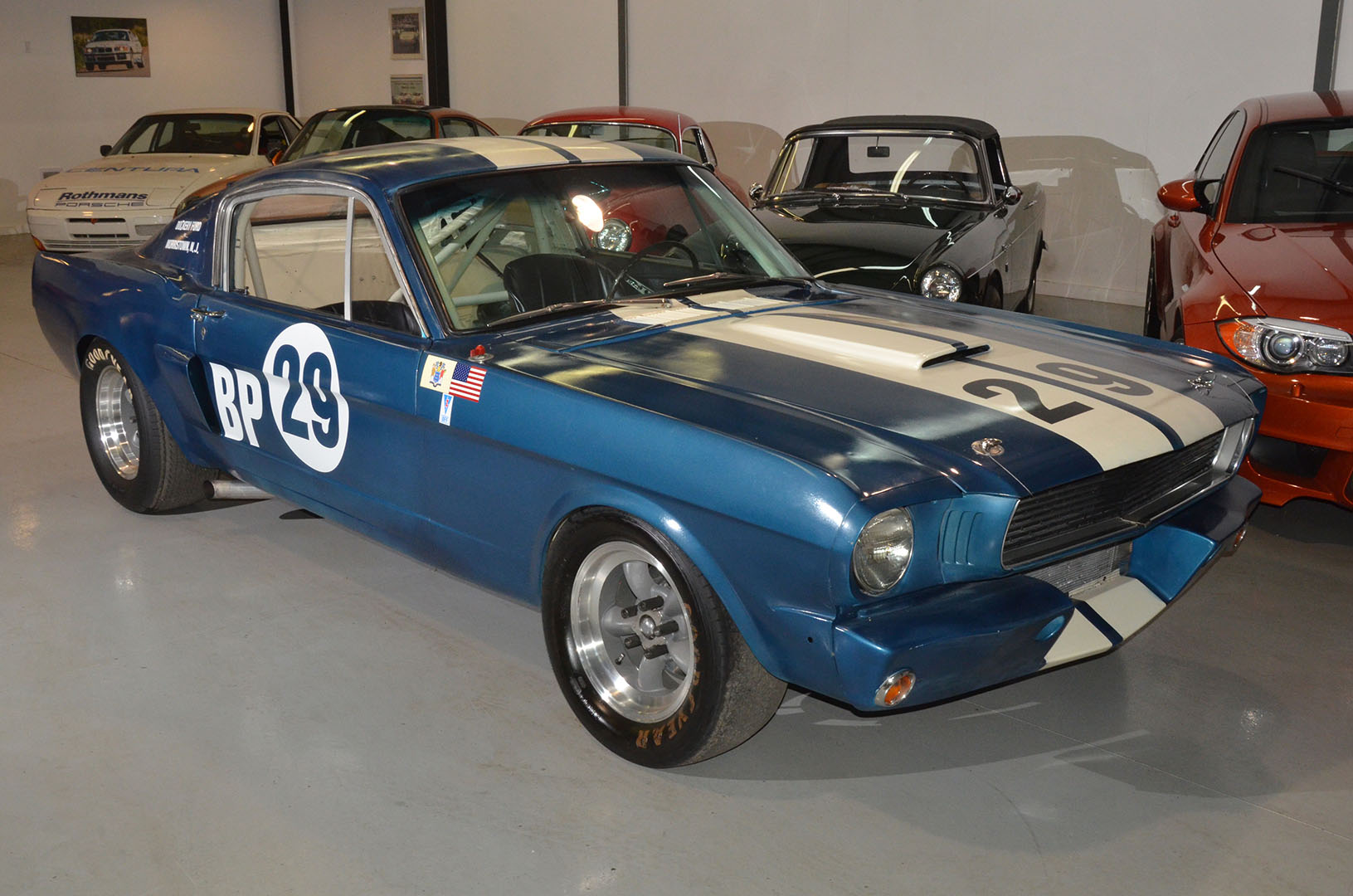 1966C_Mustang_Shelby_GT350_race_car_blue_002.jpg