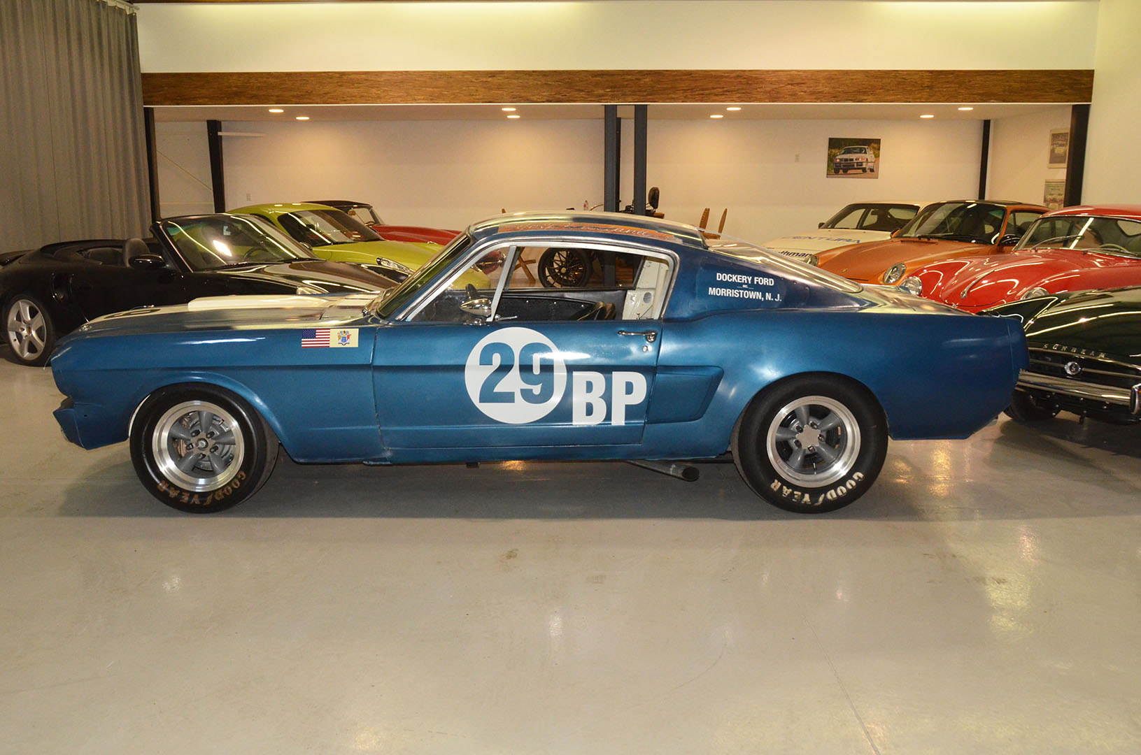 1966C_Mustang_Shelby_GT350_race_car_blue_007.jpg