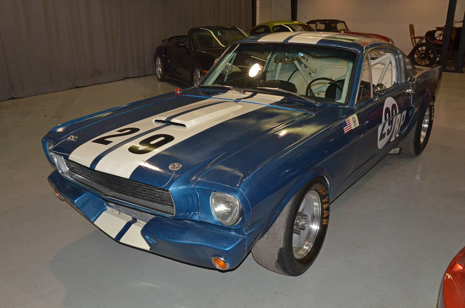 1966C_Mustang_Shelby_GT350_race_car_blue_008.jpg