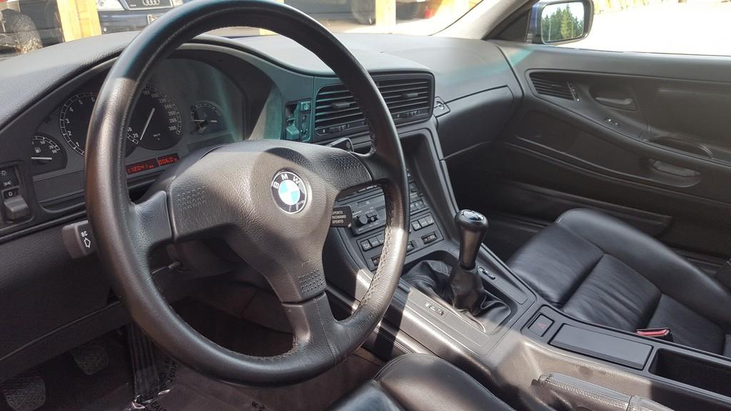 1992F-BMW-850i-23.jpg