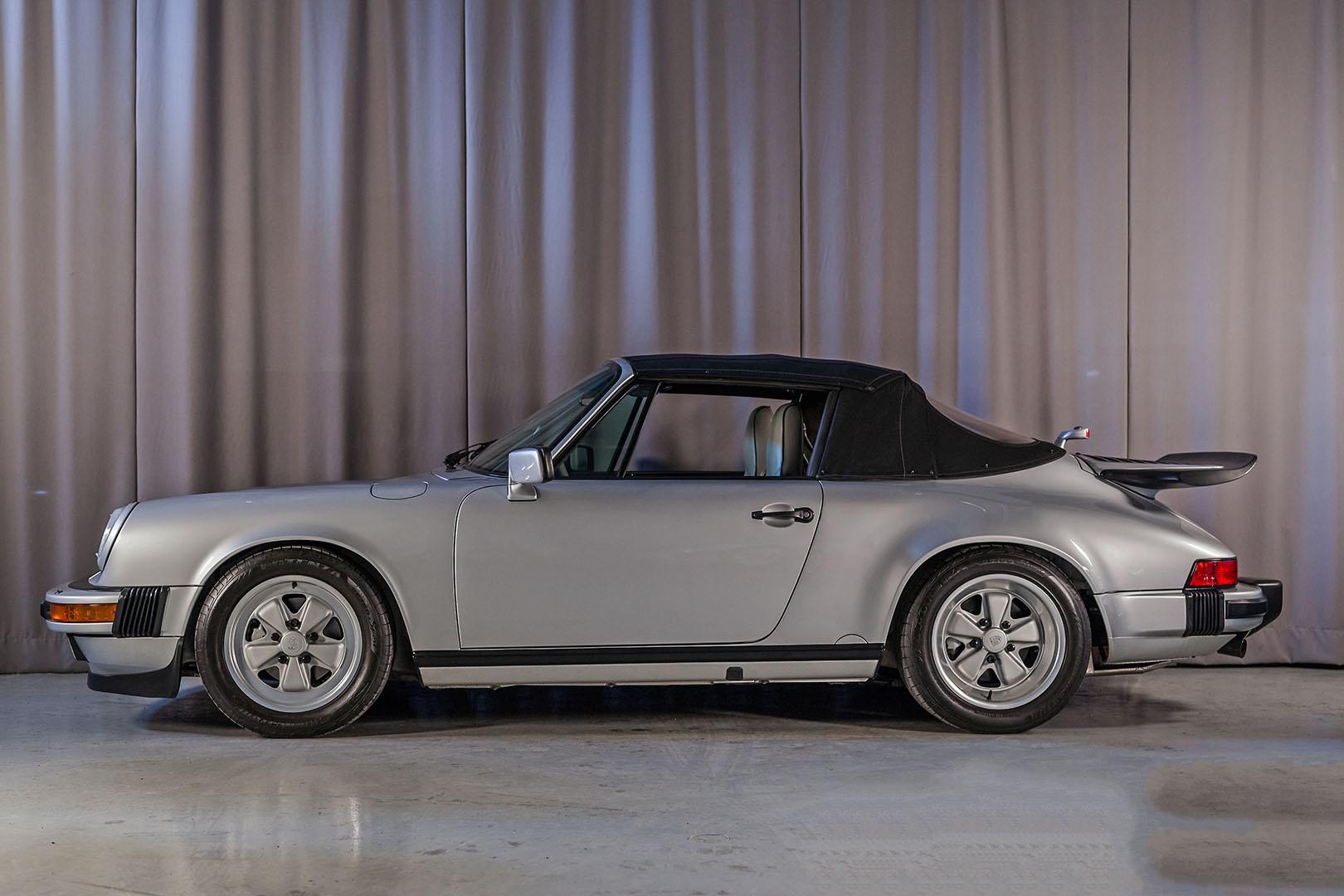 1989F_Porsche_911_Coupe_Silver_Anniversary_005.jpg