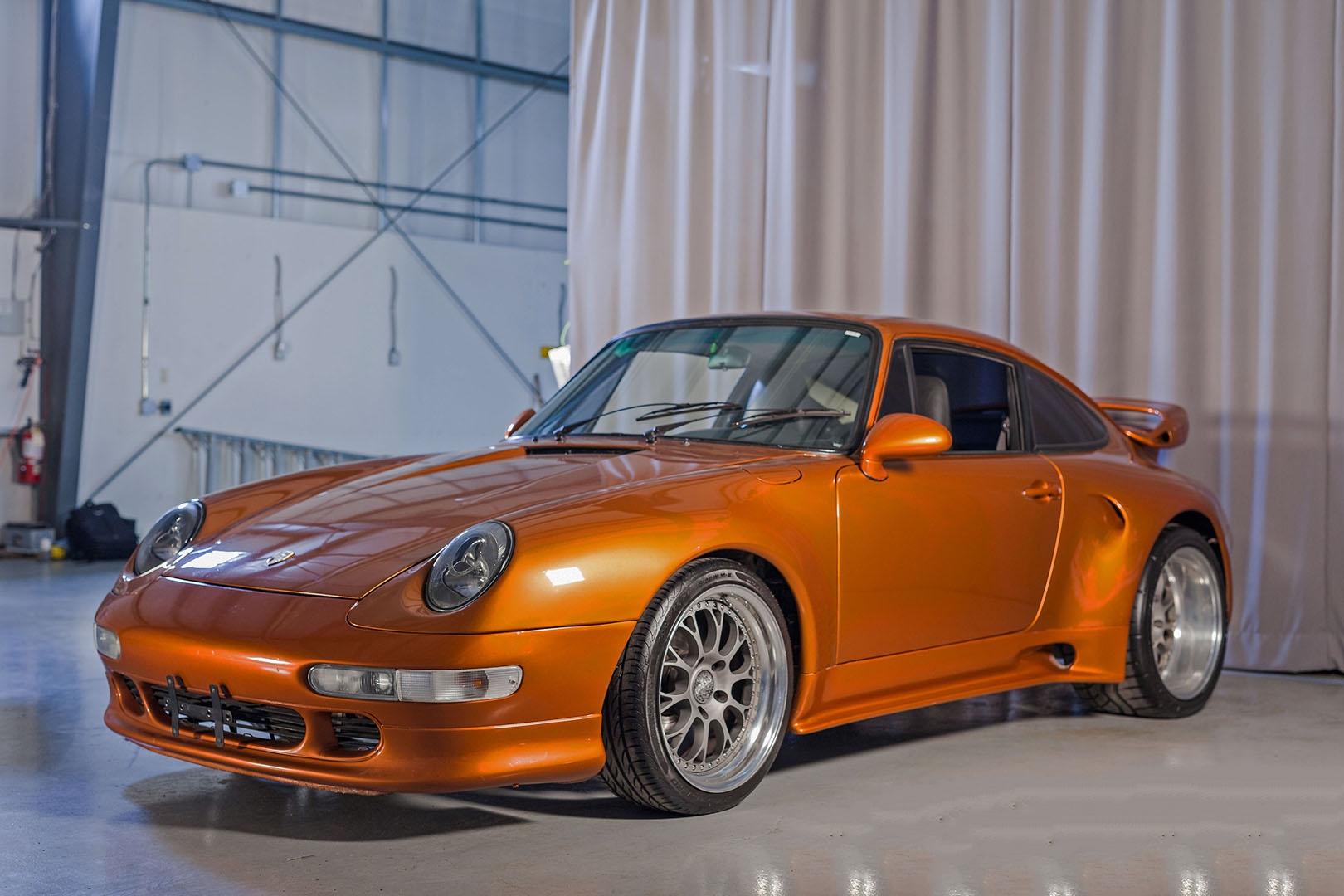 1977C_Porsche_911_Bronze_004.jpg