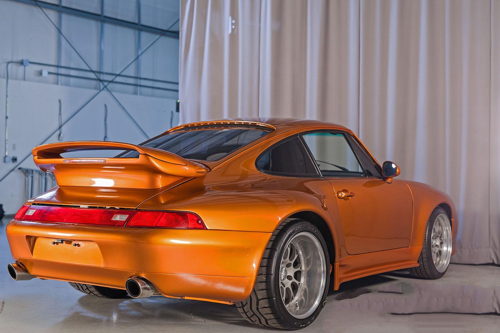 1977C_Porsche_911_Bronze_008.jpg