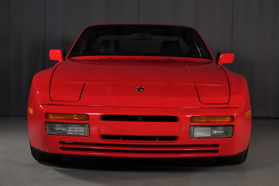 1987A-Porsche-Turbo-Red01.jpg