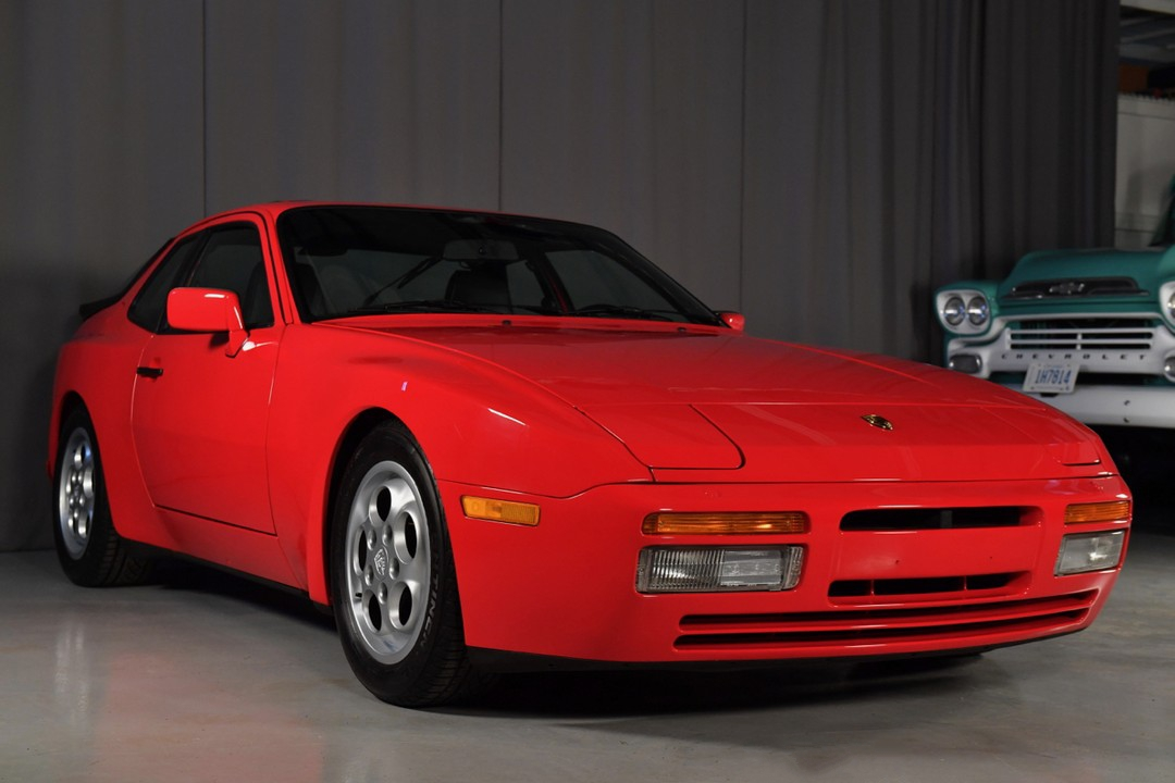 1987A-Porsche-Turbo-Red02.jpg