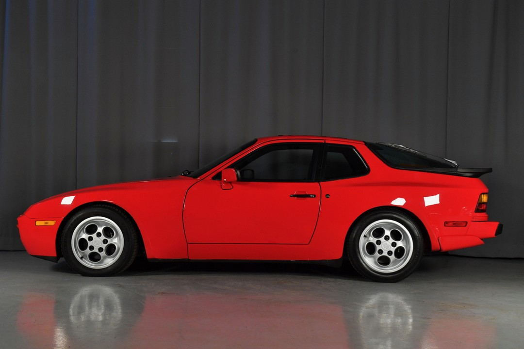 1987A-Porsche-Turbo-Red12.jpg