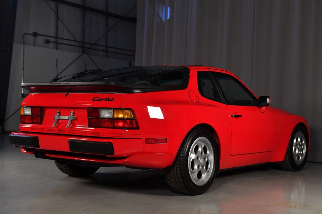 1987A-Porsche-Turbo-Red15.jpg