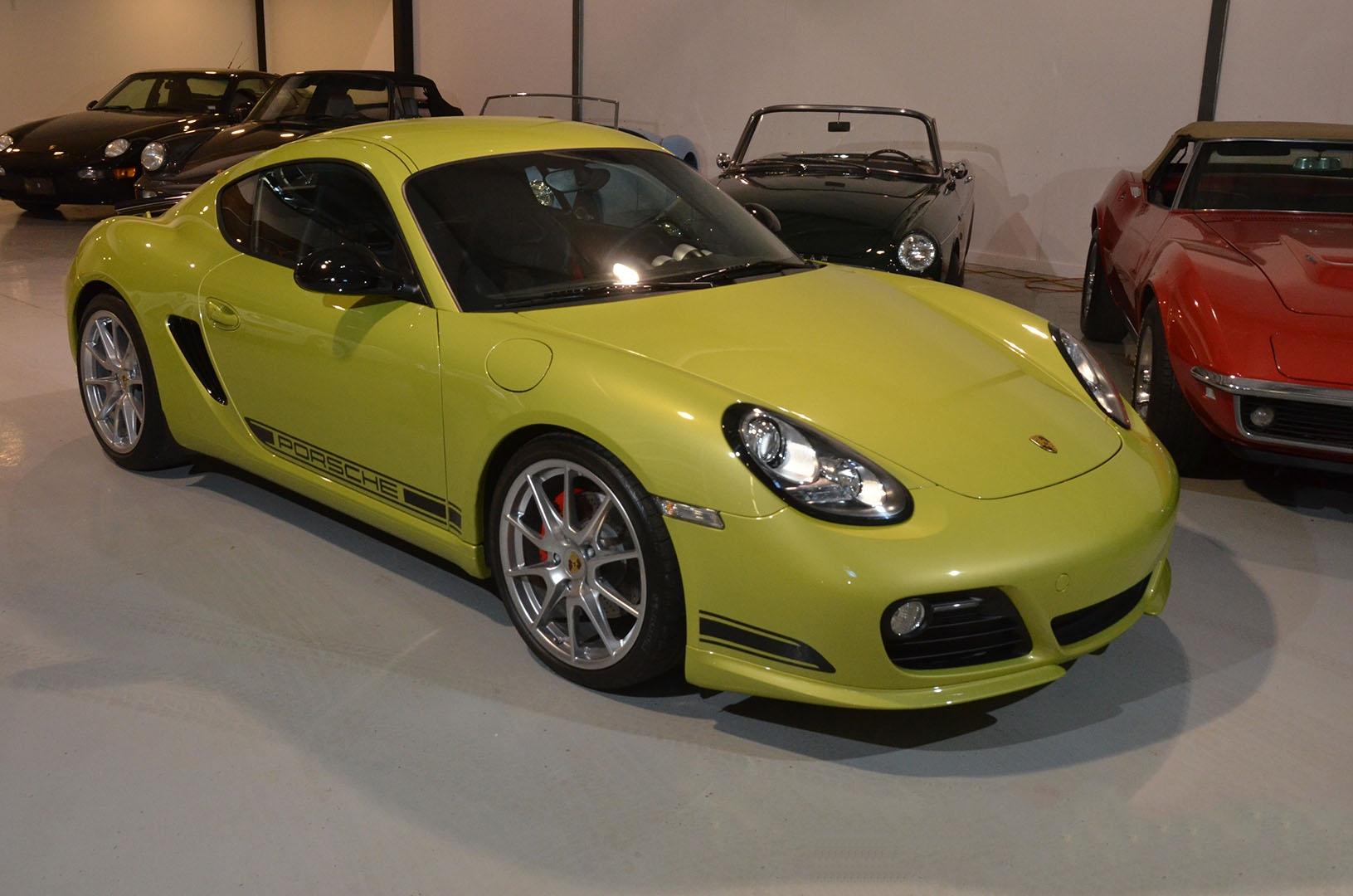 2012B_Porsche_Cayman_R_Coupe_Green_002.jpg