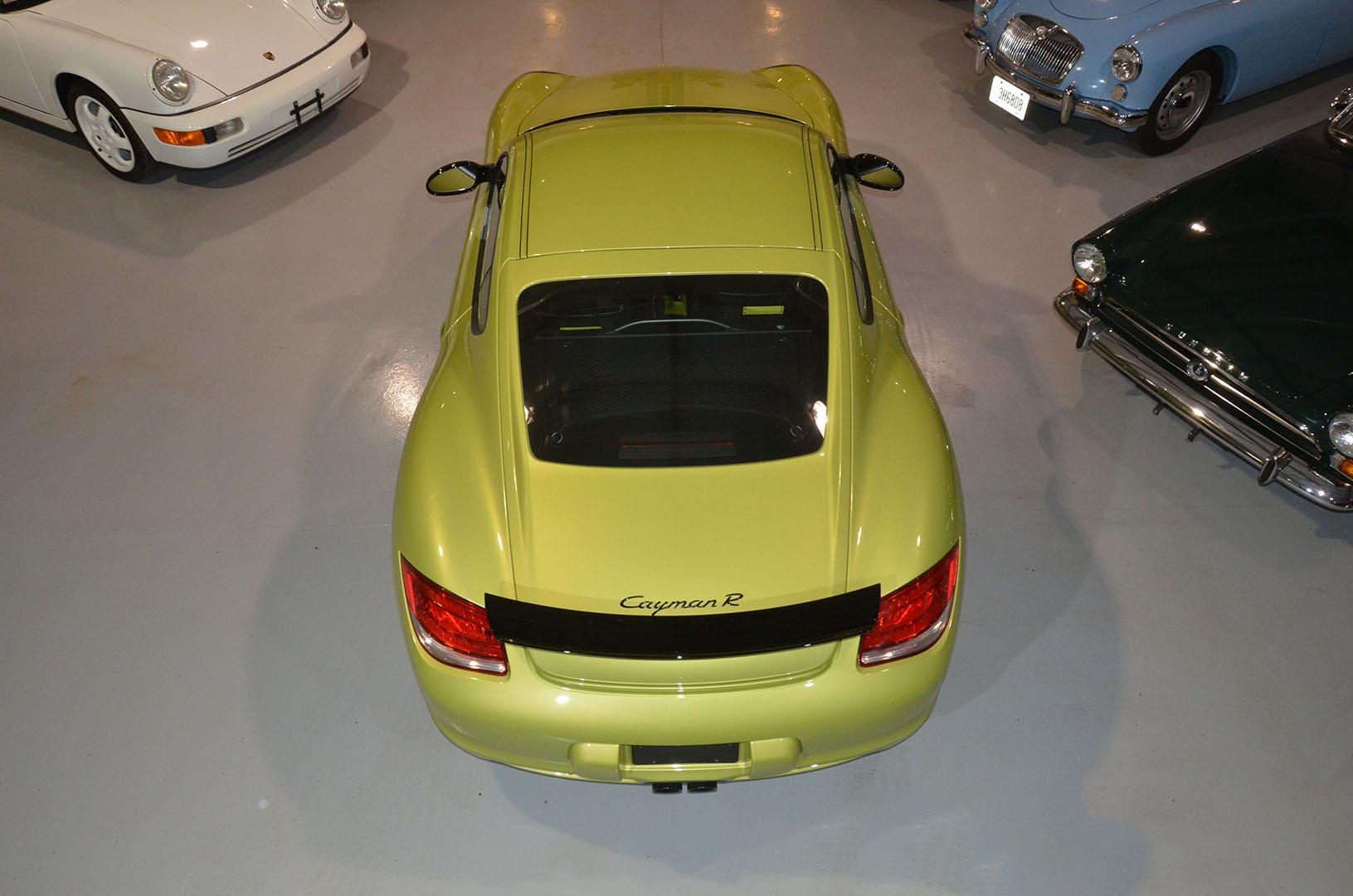 2012B_Porsche_Cayman_R_Coupe_Green_005.jpg