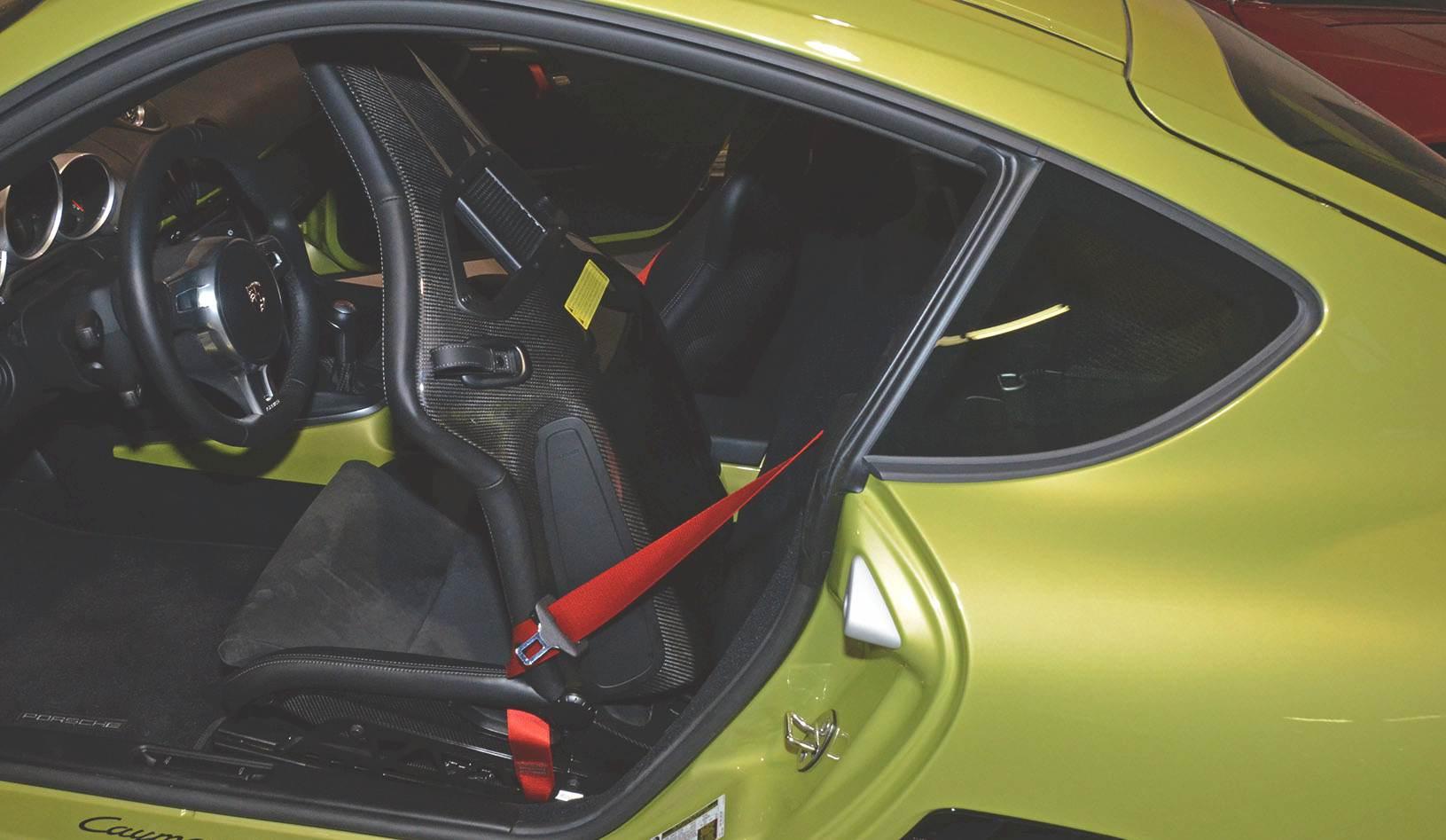 2012B_Porsche_Cayman_R_Coupe_Green_034.jpg