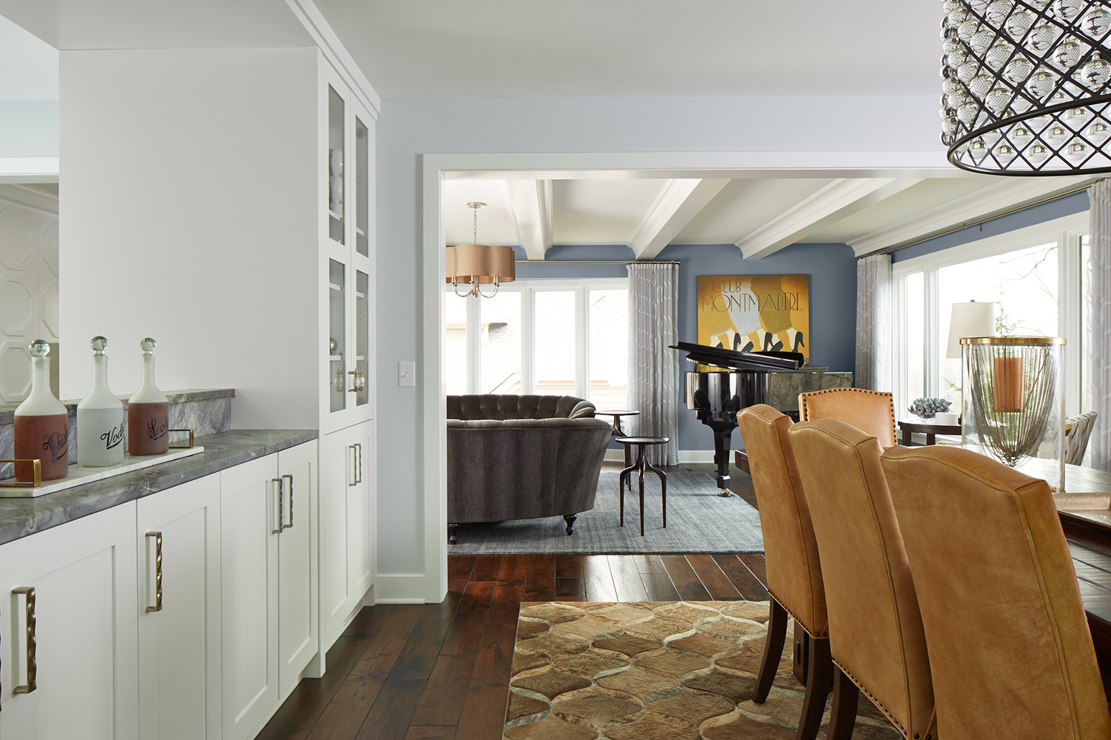 Edina_livingroom_gold_chairs.jpg