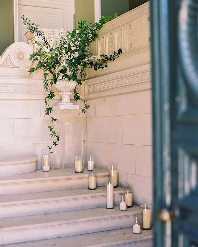 Looking forward to being back in this beautiful space tomorrow @pyneshouse  This is from my lovely friend Abi's wedding @thesefourwallsblog a couple of years ago.  Image by @taylorandporter