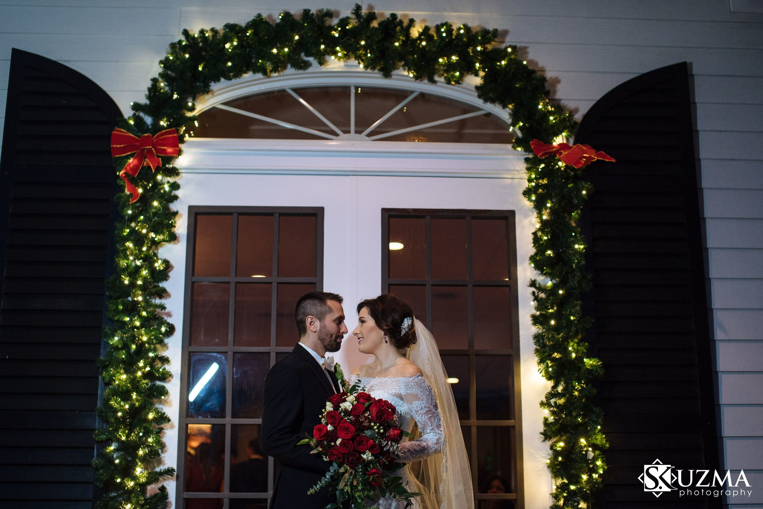 <p><strong>Megan + Drew</strong></br>The Carriage House</br><a href=/megan-andrew>View →</a></p>