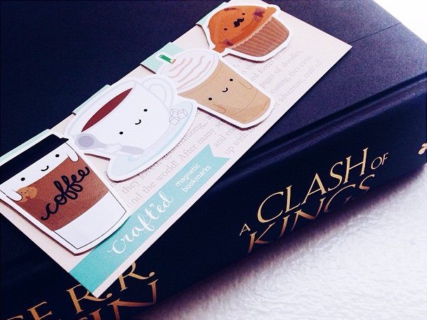 A Clash of Kings and coffee bookmarks