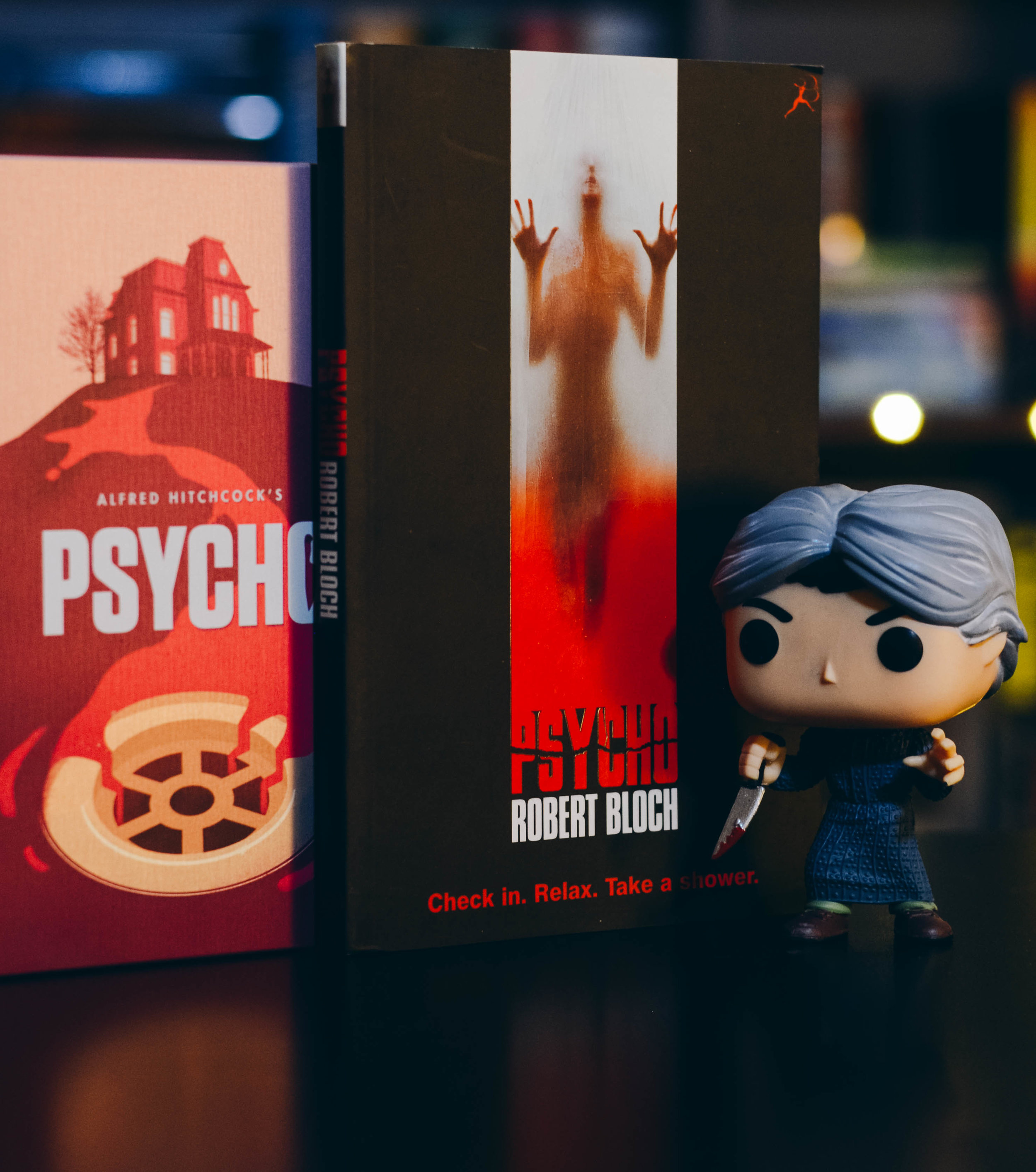 Psycho by Robert Bloch.jpg