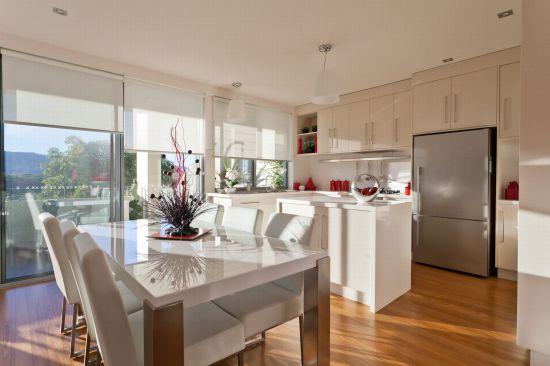 58 Mildura st kitchen.jpg