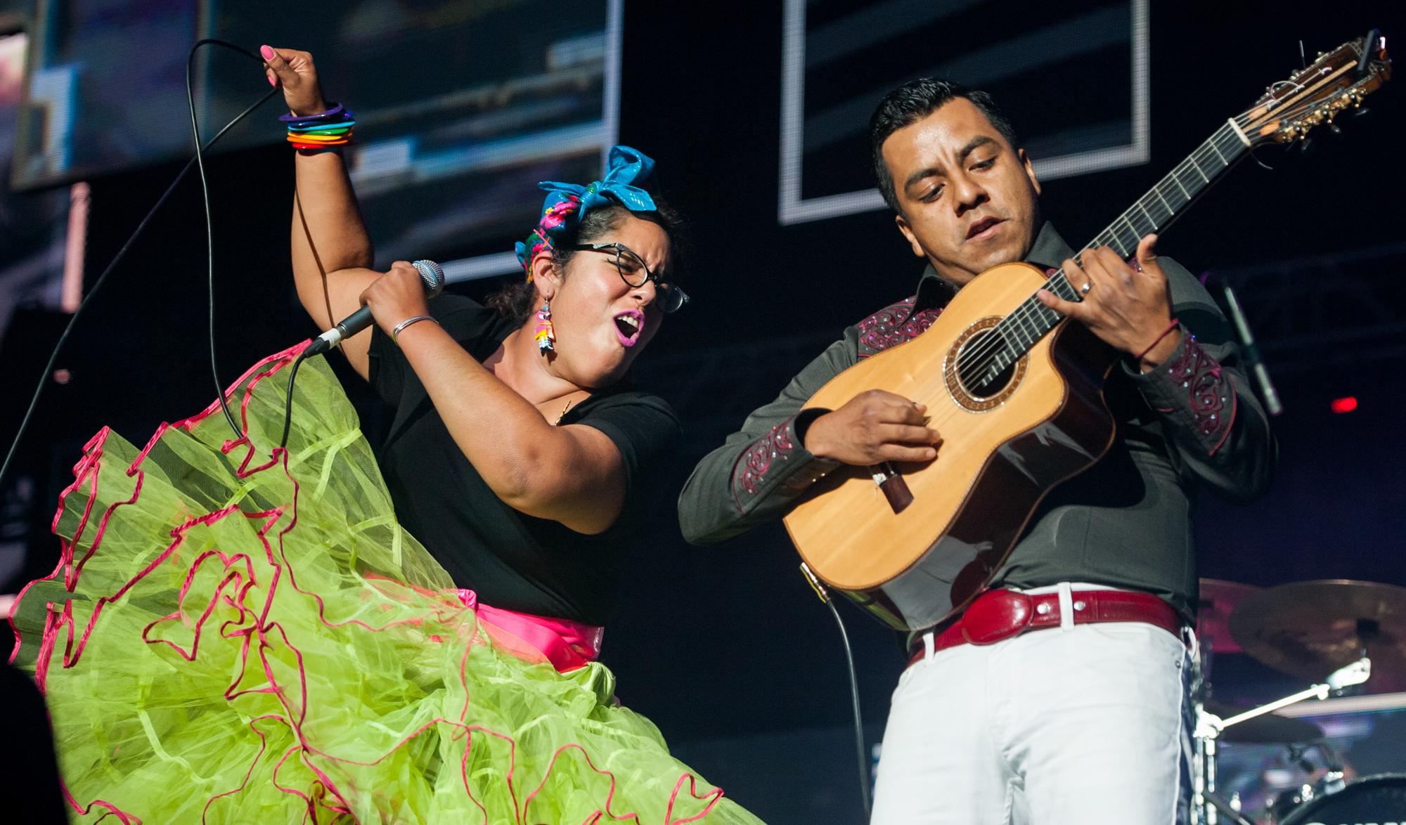 Marisol Hernandez and Jose Carlos of La Santa Cecilia @ Staples Center | 2014