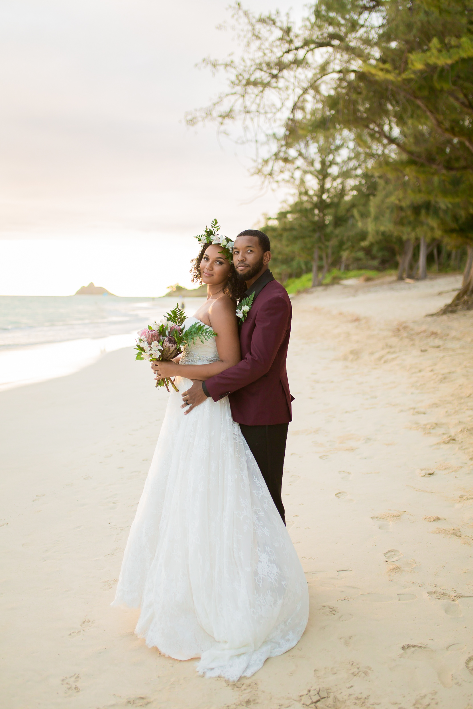 Location-BrideGroomBeach _Vanessa Hicks Photography-8314.jpg