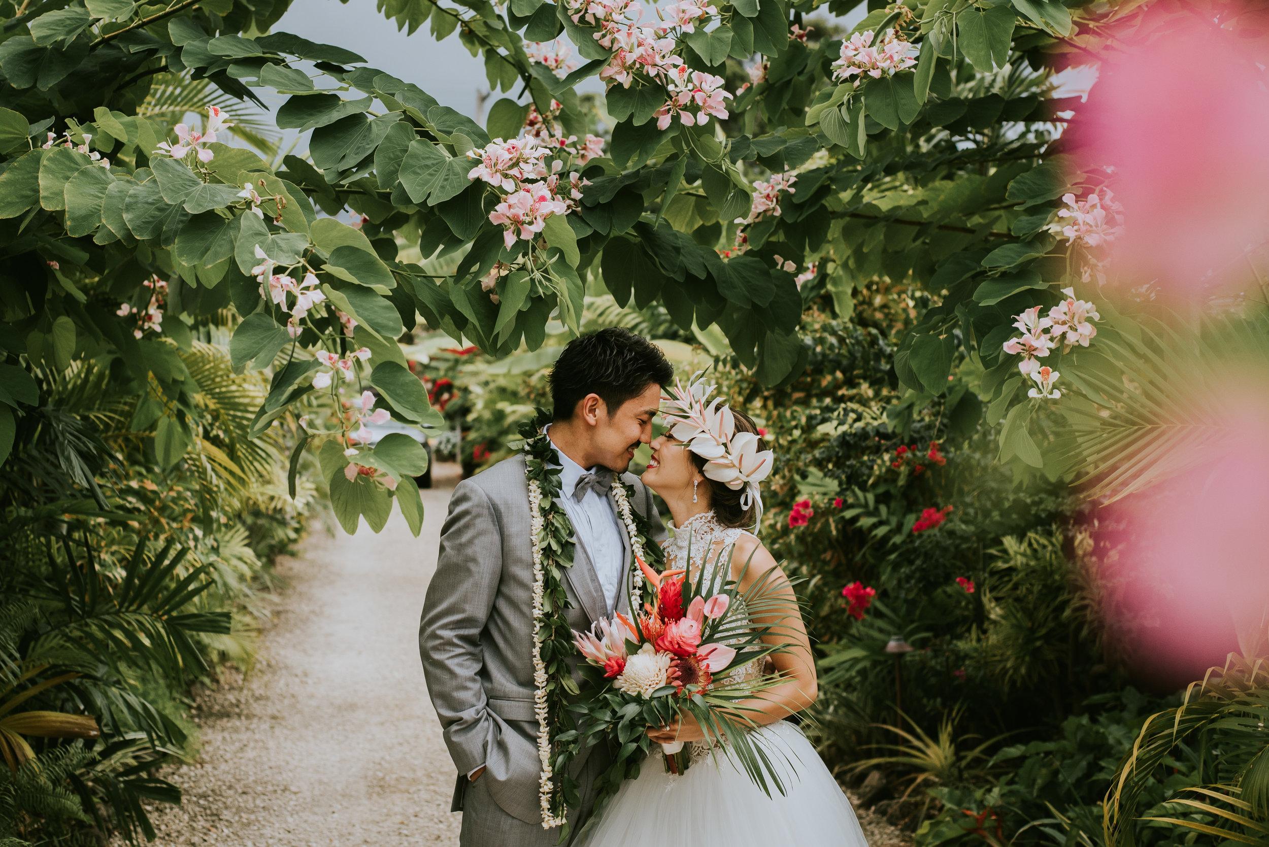 ***Kei'sWedding-Bride&GroomDriveway4.jpg