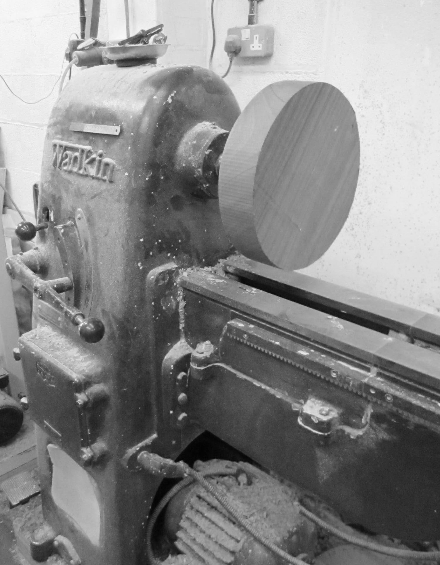 round block on the lathe ready to turn into shape