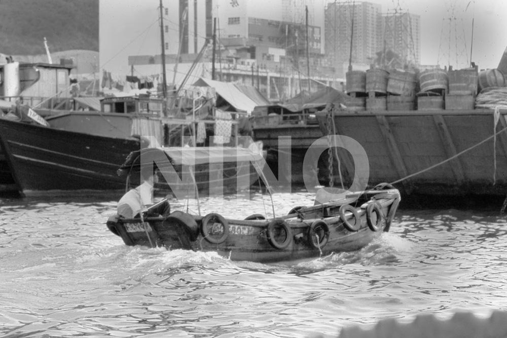 Boat B&W 4.jpg
