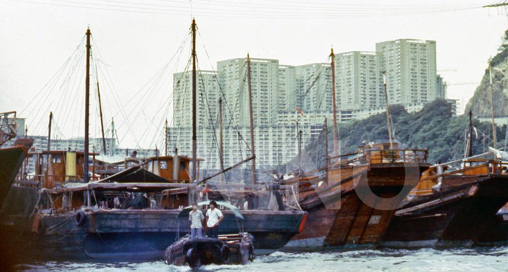 Boat people22.jpg