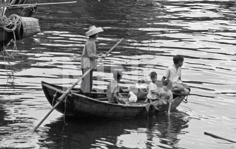 Family on boat B&W.jpg