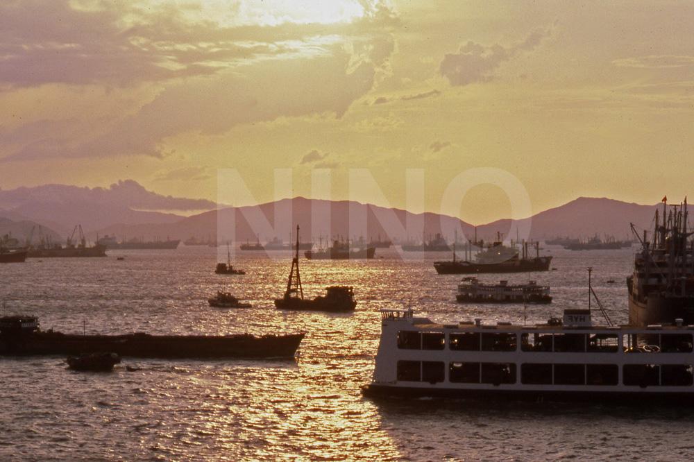 Harbour sunset 3.jpg