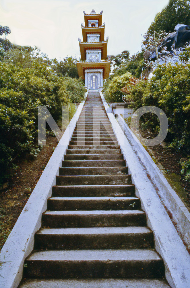 Pagoda 2.jpg