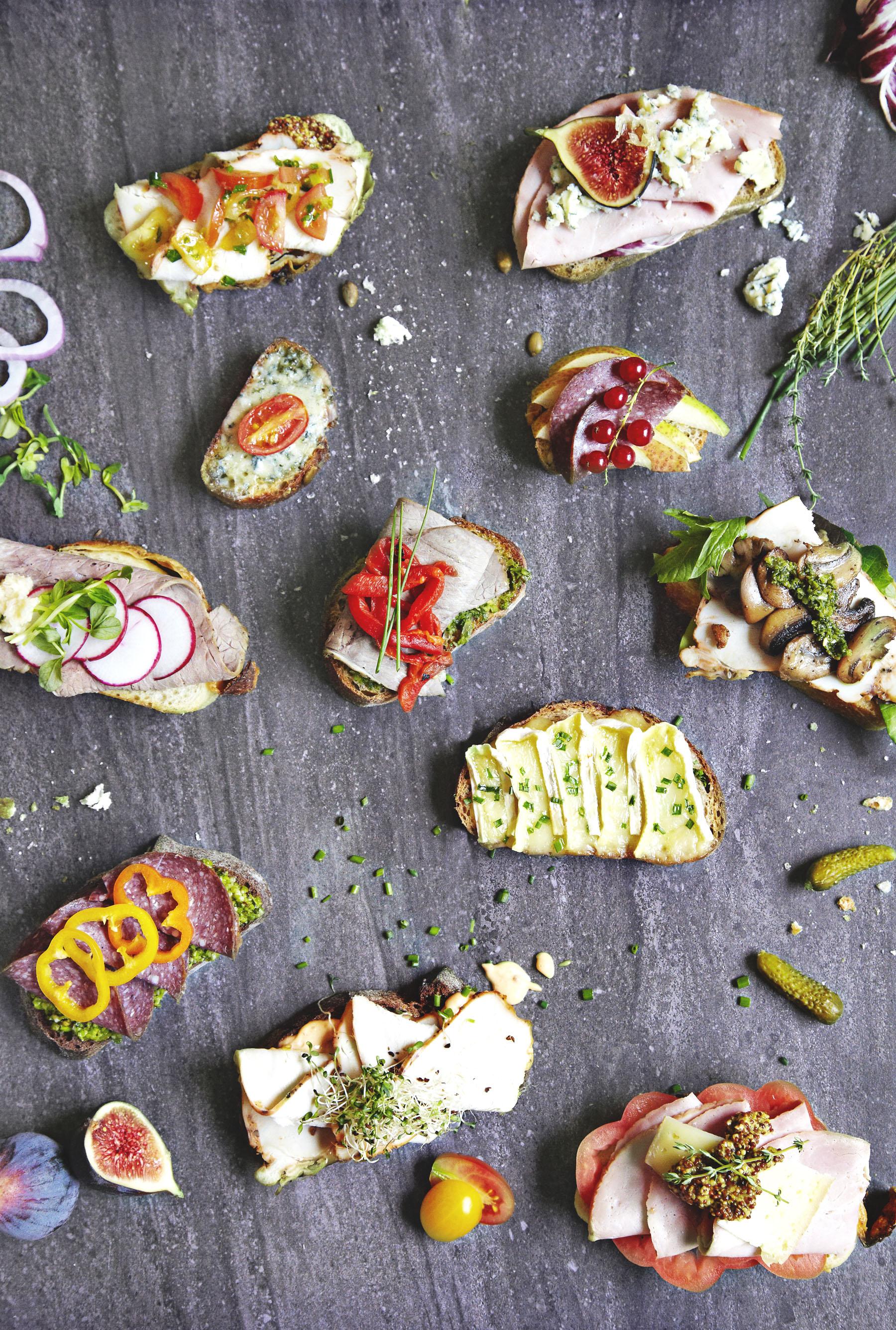 Sandwich_open faced.jpg