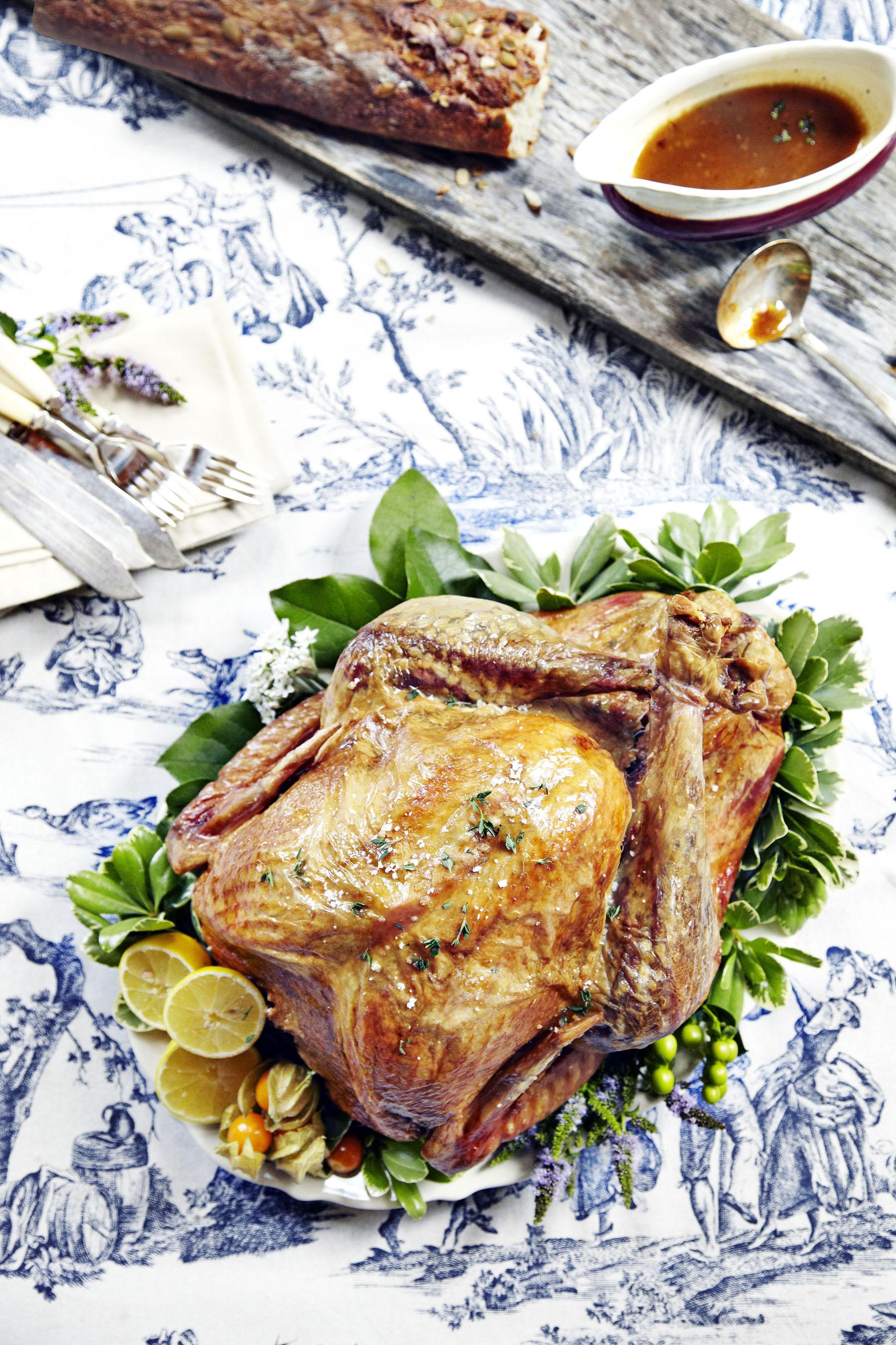 Full Cooked Turkey_Easter.jpg