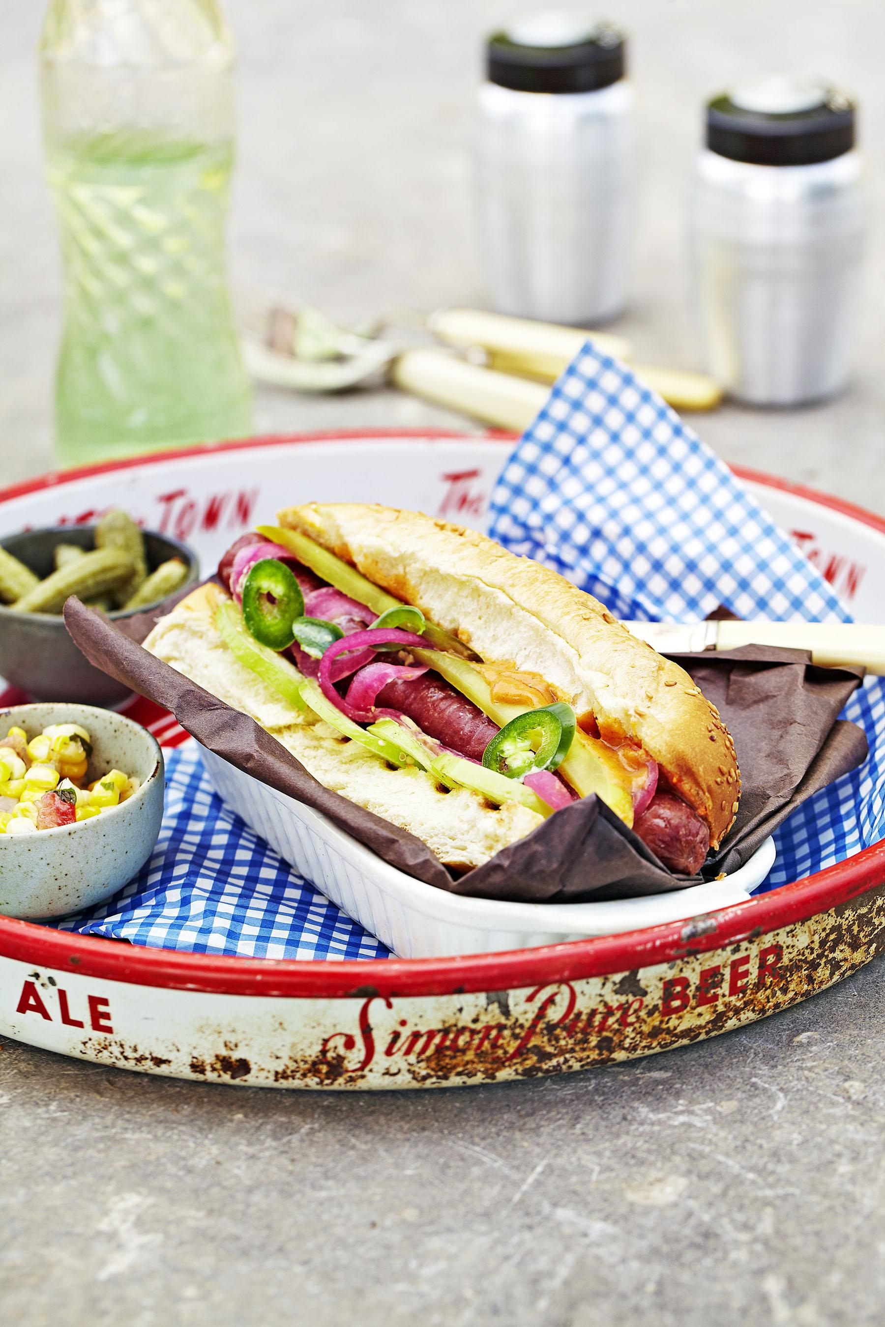 Hotdog_Rustic picnic.jpg
