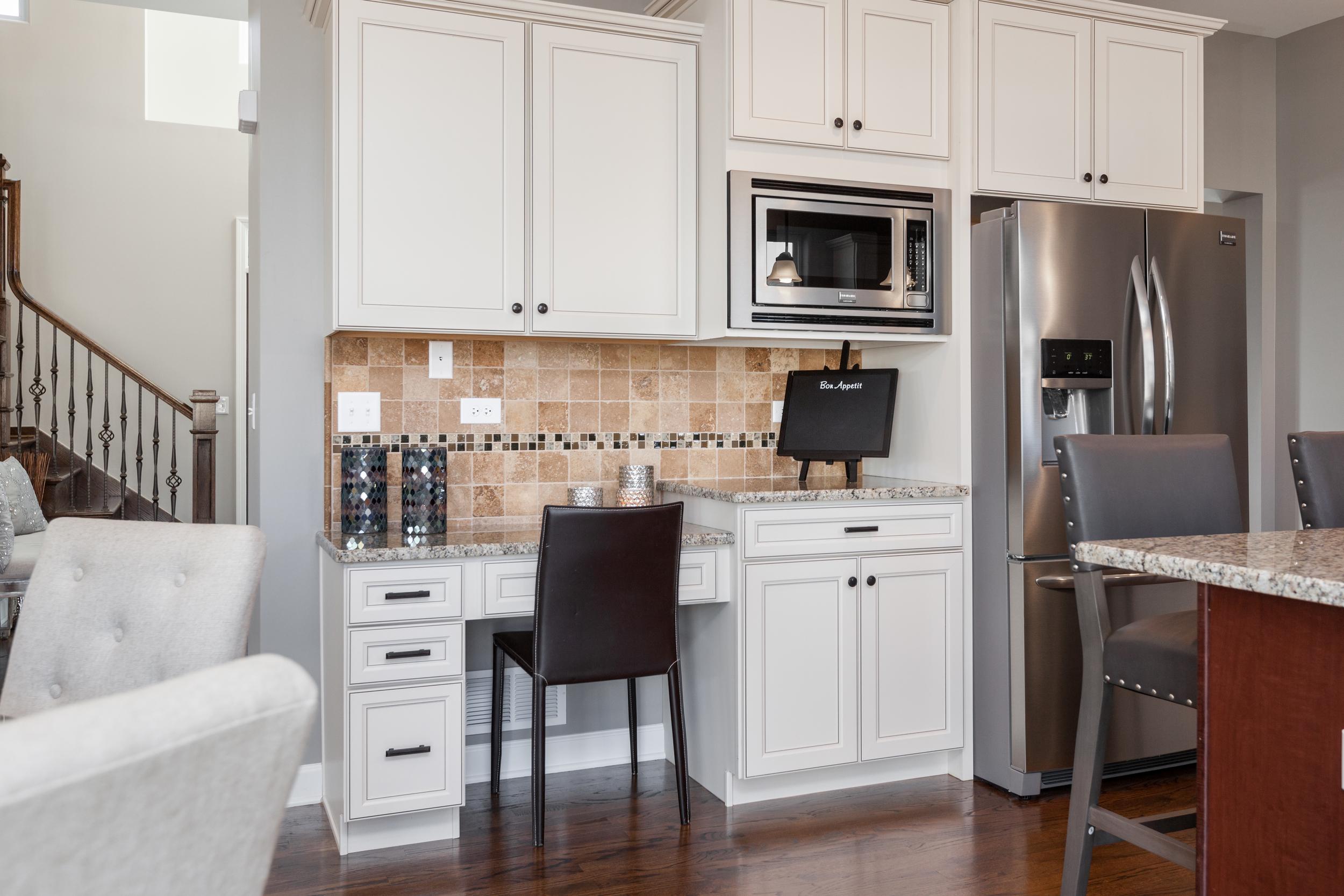 Kitchen Work Desk.jpg