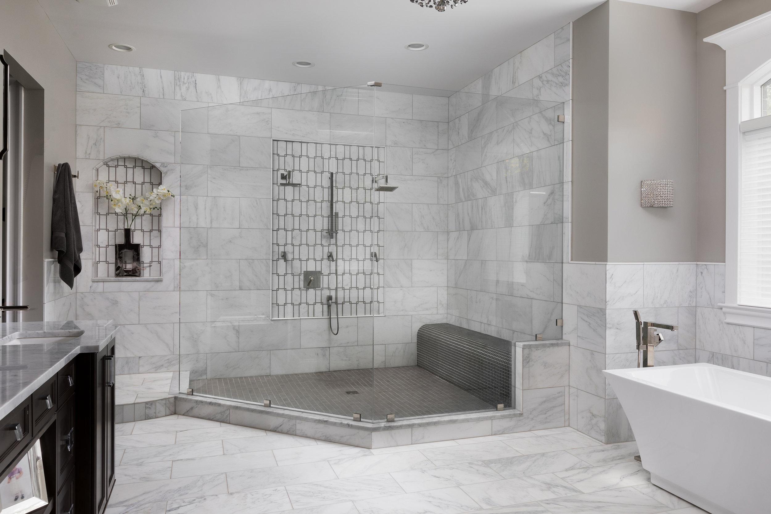 Fox Glen SEbern bath.jpg