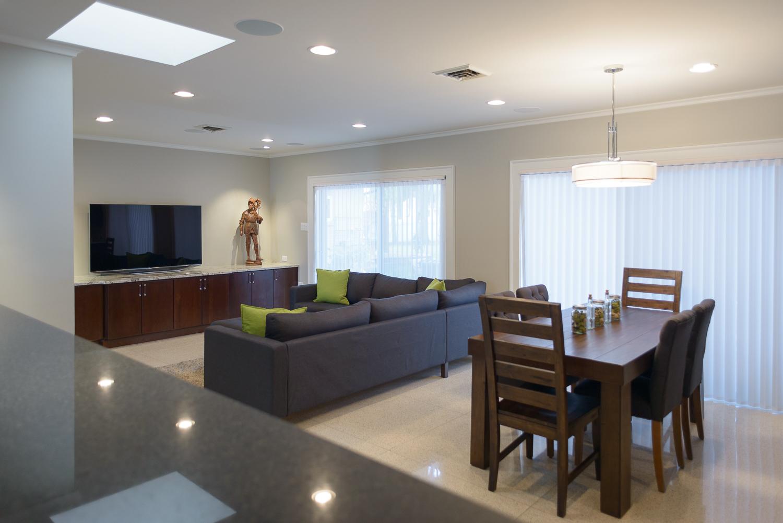 Living / dining room rental studio space