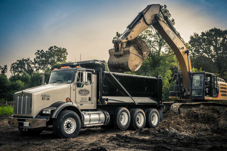20130730_renes_trucking-425.jpg