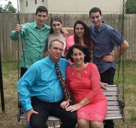 Pastor-Craig-Mustain-and-family-childrens-Pastor