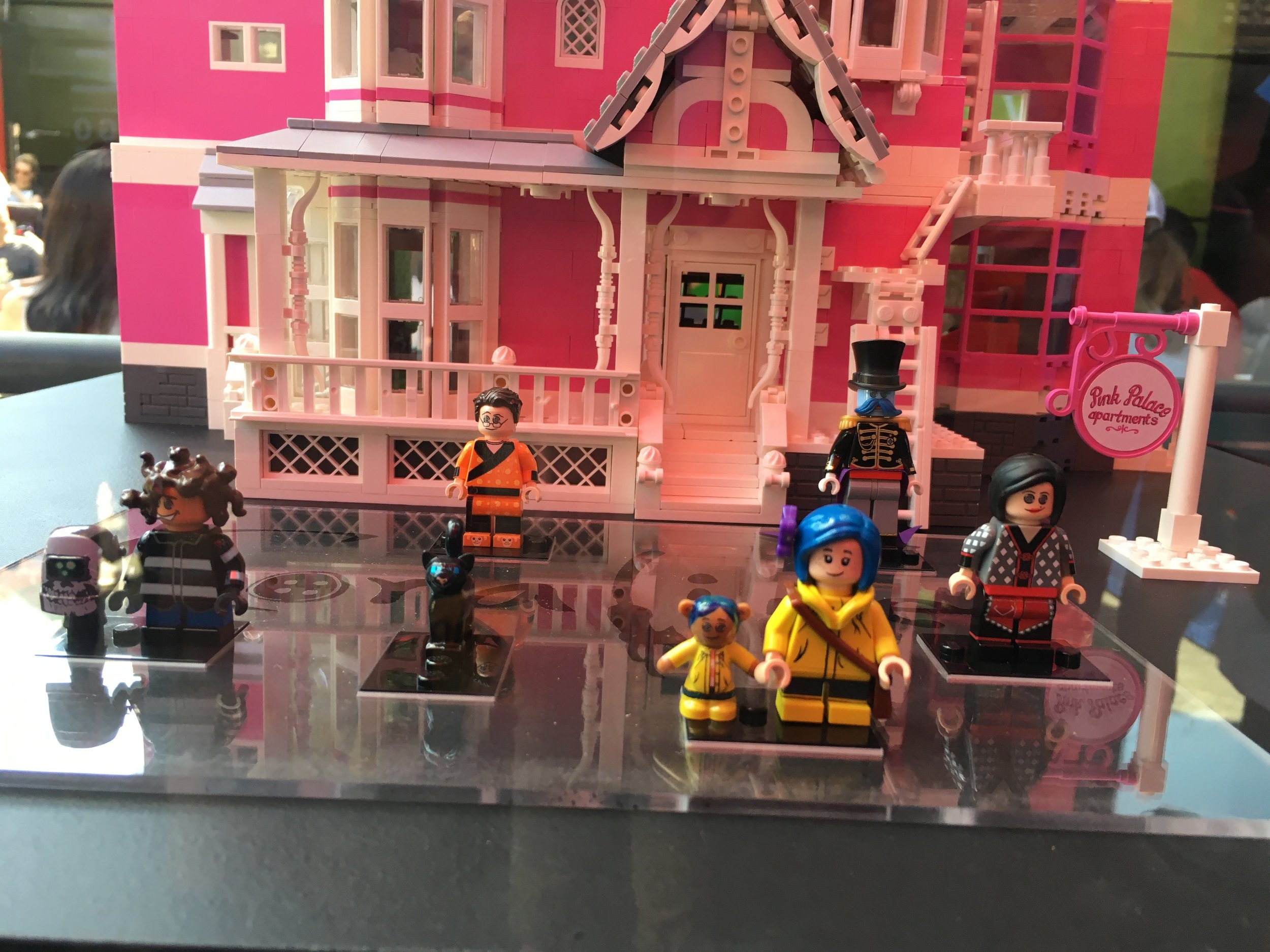 Coraline S Pink Palace Bricknerd Your Place For All Things Lego And The Lego Fan Community