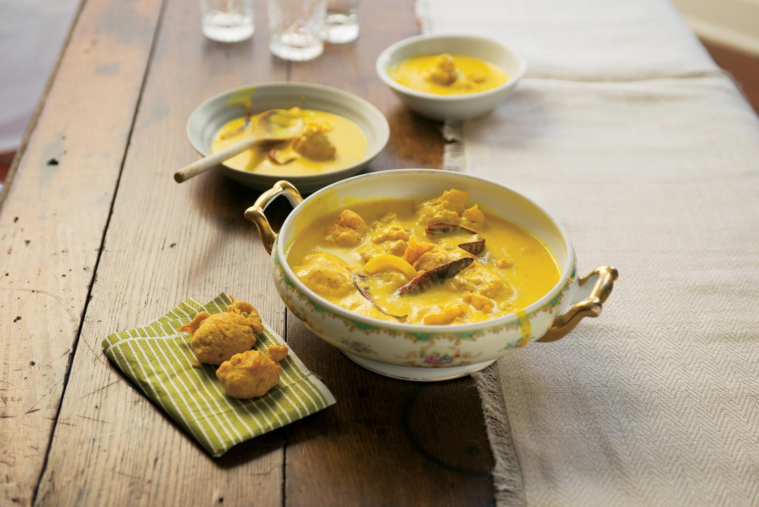Punjabi Kadi Pakoras (Spiced Yogurt Gravy with Dumplings)